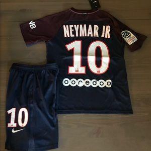 official photos 37024 0b135 Kids kit PSG Neymar Jr. #10 patches Nike NWT
